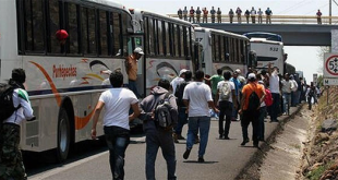 Normalistas-Camiones