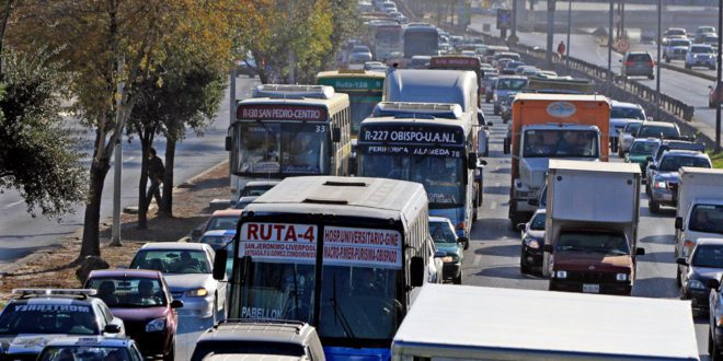 vialidad-encuentra-avenida-Constitucion-Noviembre_MILIMA20140116_0177_1