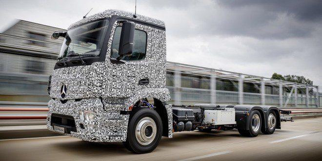 Mercedes-Benz-Urban-eTruck-32-660x330