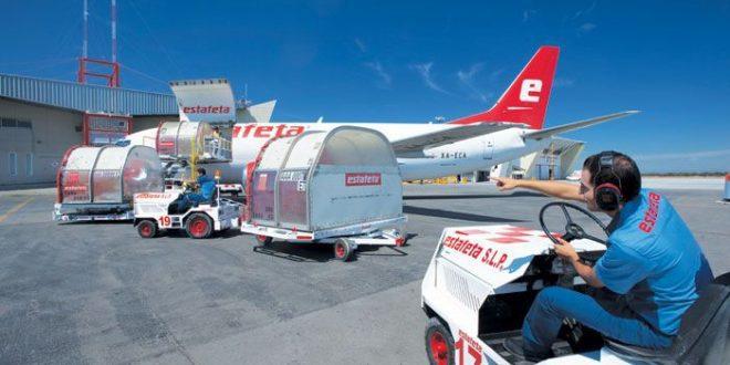 estafeta-avion-cargando-2