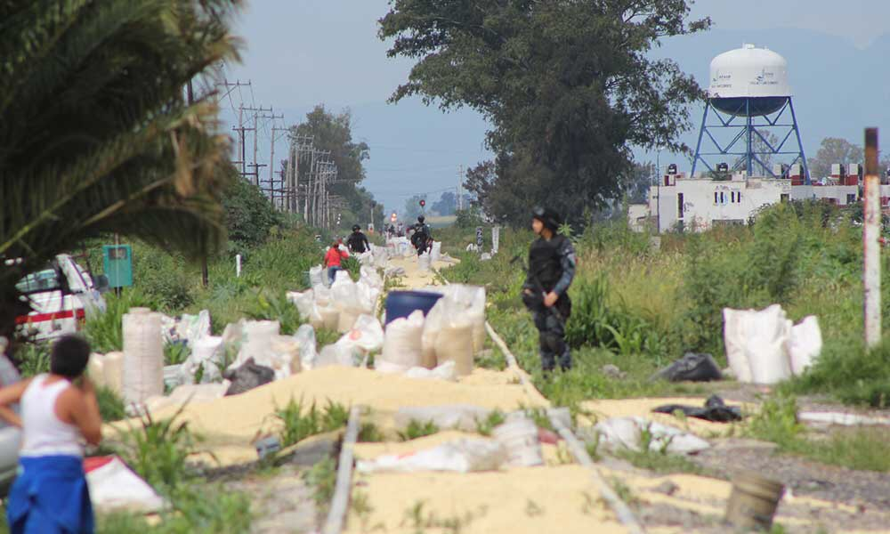Photo of (Video) Mega robo de Maíz al ferrocarril en Irapuato