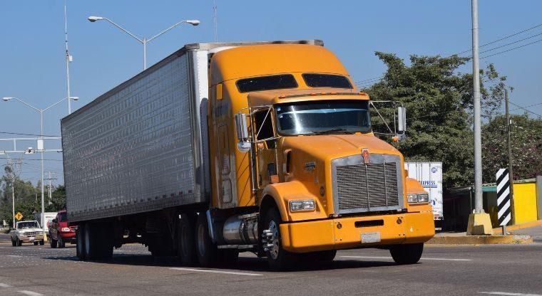 Photo of Aumento al diésel pone en riesgo al transporte de carga